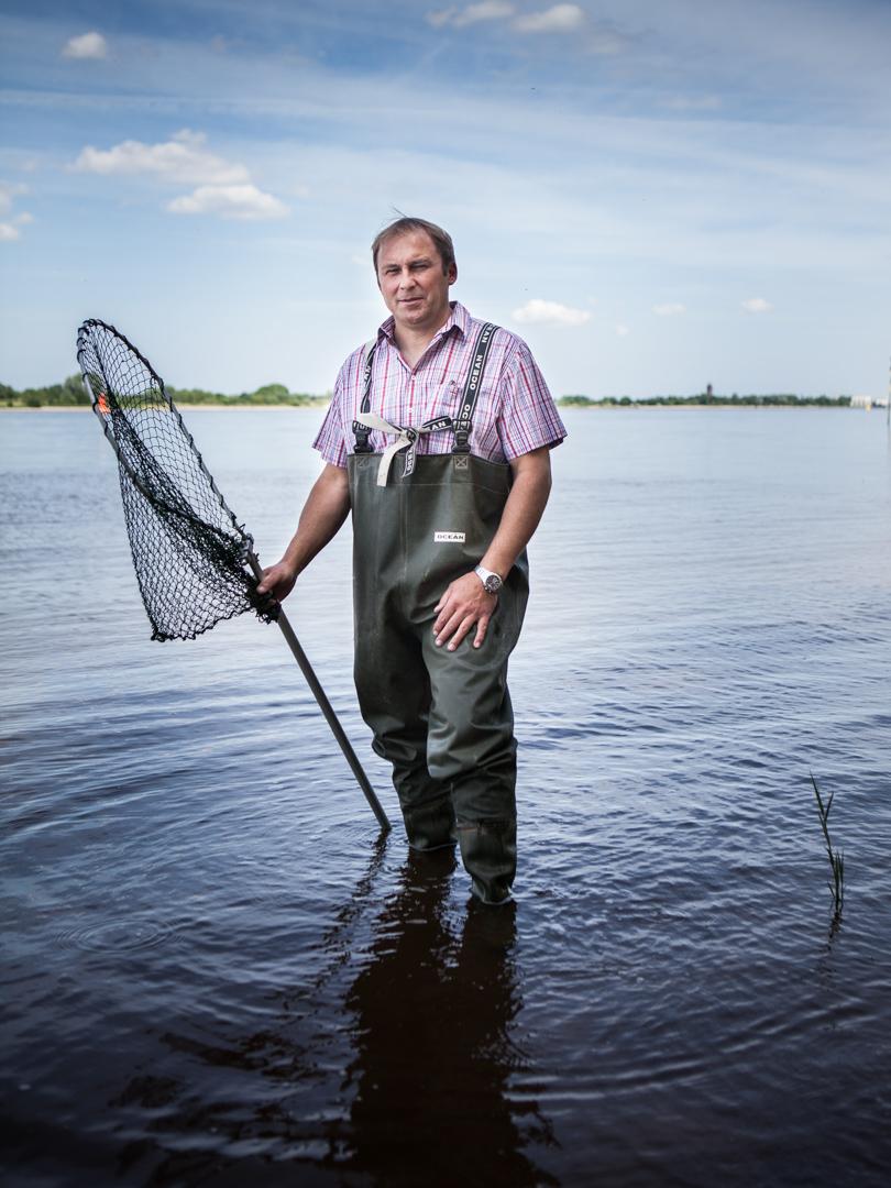 Frank Barre, lebt auf der Flussinsel Harrier Sand und fürchtet wegen der Weservertiefung um sein Haus.