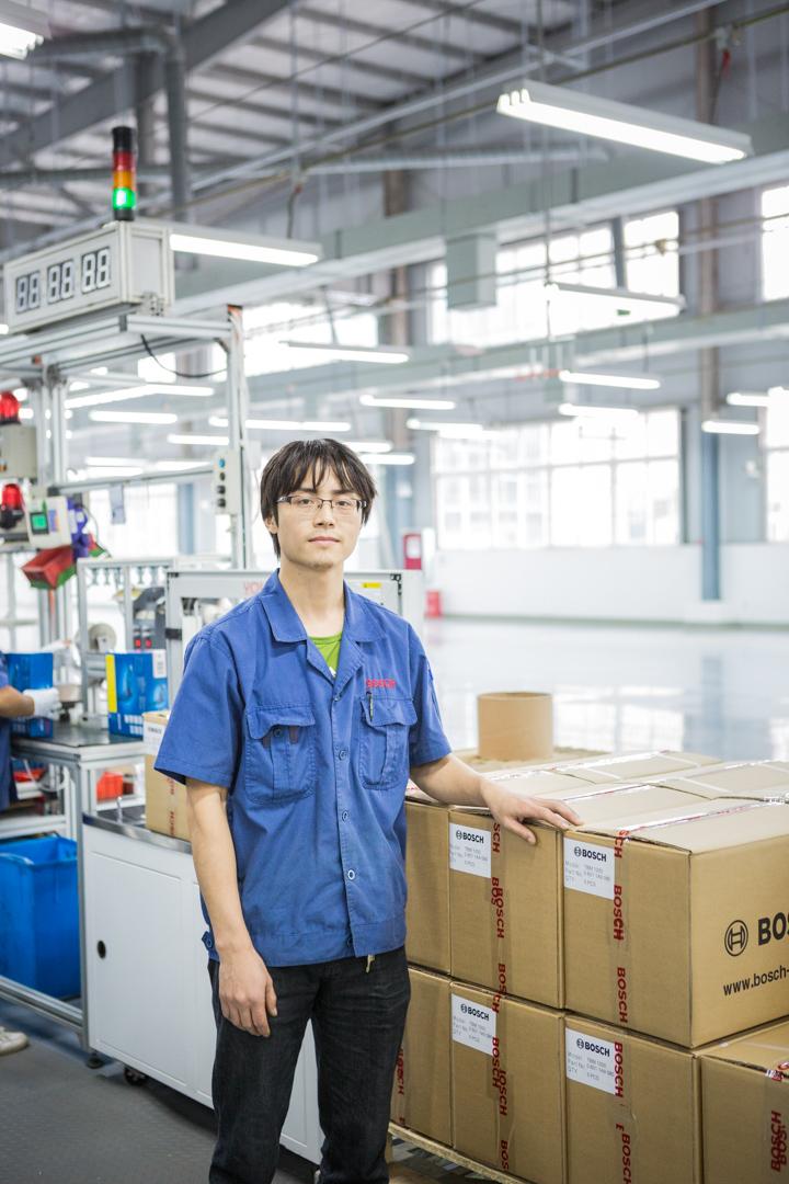 Angestellter von Bosch in der nähe von Chengdu, China